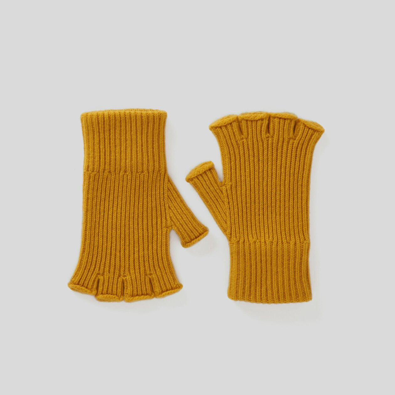Ribbed knit fingerless gloves