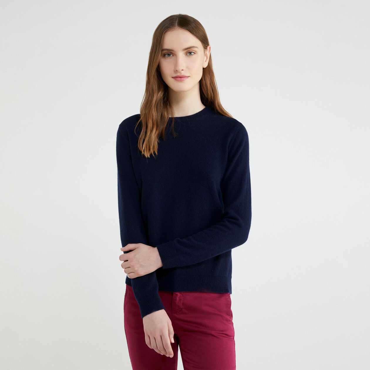 Crew neck sweater in pure cashmere