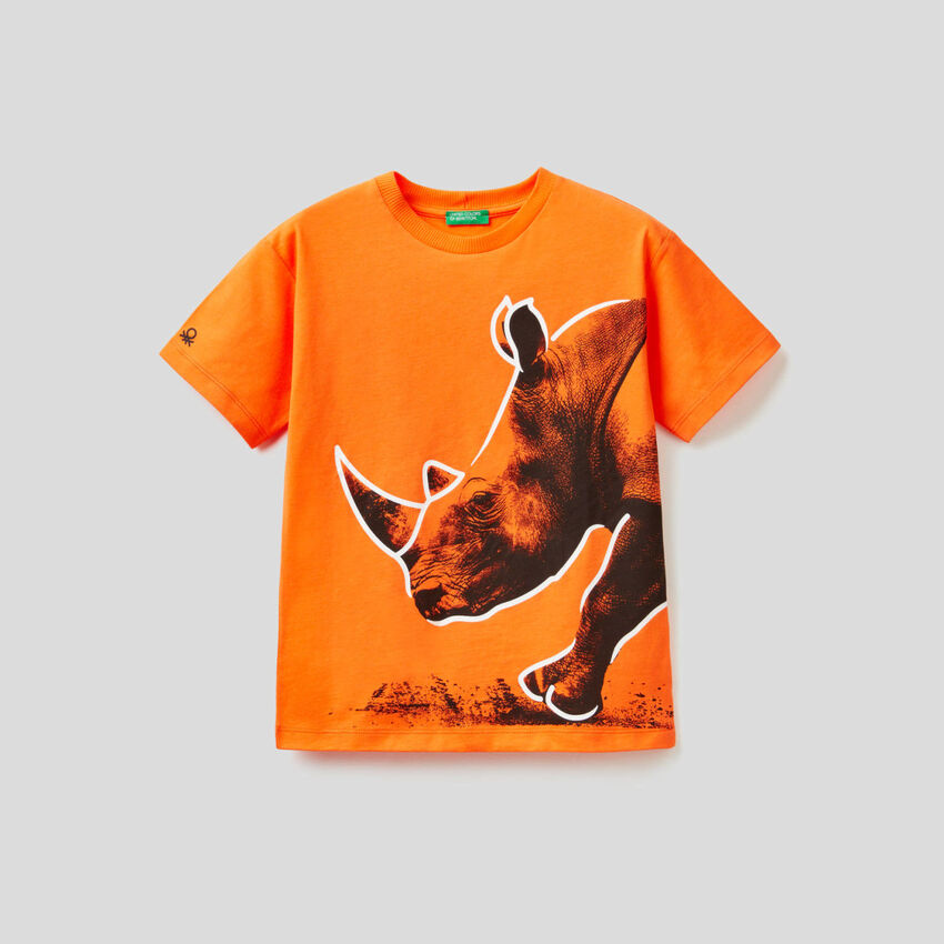 Orange t-shirt with rhino print