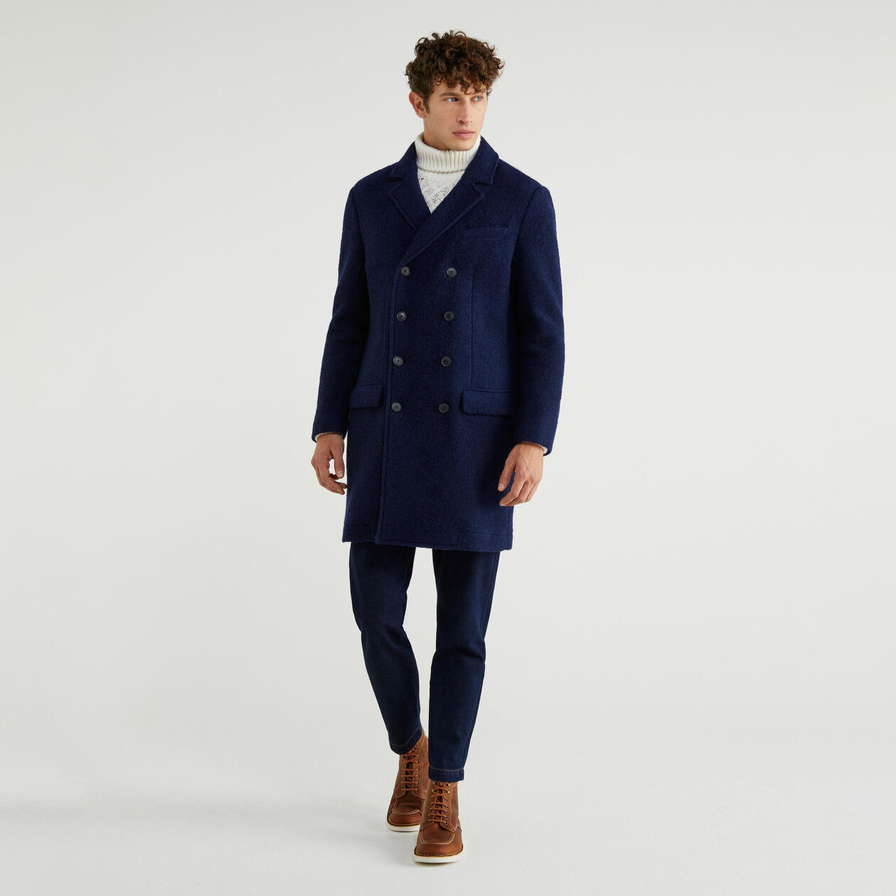 Double-breasted coat in boiled wool