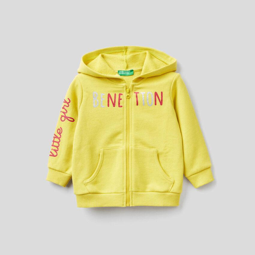 Yellow sweatshirt in organic cotton